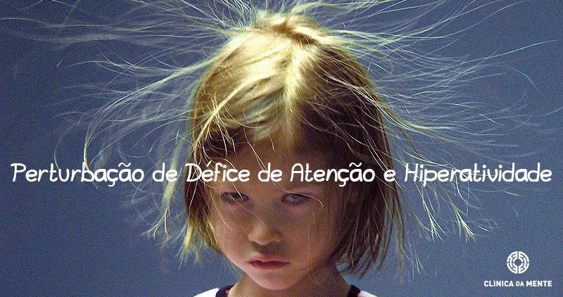 Perturbação de Défice de Atenção e Hiperatividade - menina com cabelo no ar por eletricidade estática